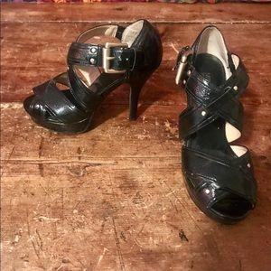 ✨Michale Kors Black Strappy Heels 5.5✨